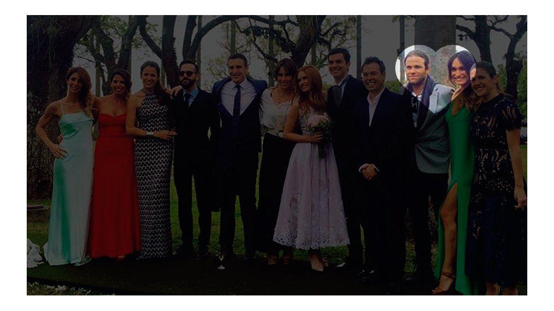 La primera foto familiar de Benjamín Amadeo con su novia: juntos, en el casamiento de Macedo y Urtubey