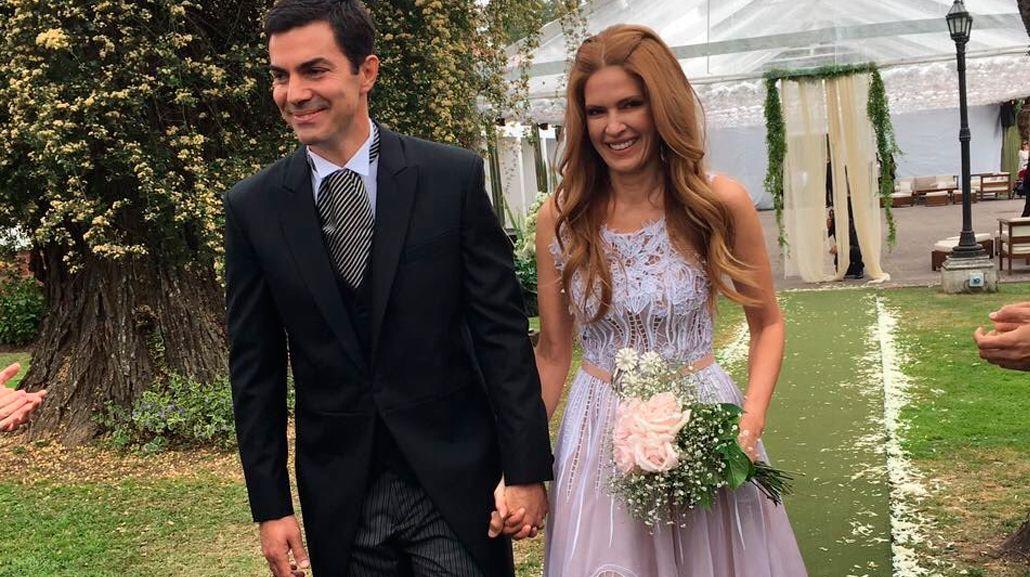 Se casaron Isabel Macedo y Juan Manuel Urtubey