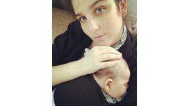 La selfie primaveral de Juana Repetto y su hijo Toribio: Nos vestimos igual