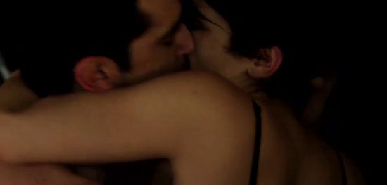 Jugada escena de sexo de Gonzalo Heredia y Agustina Cherri: pasión en el establo