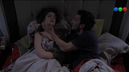 Telefe estrenó Loco x vos, la sitcom de Juan Minujín y Julieta Zylberberg