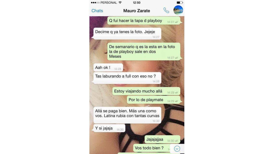 Escándalo en el mundo boti: escrachan a Mauro Zárate con una playmate y su mujer lo desmiente en Twitter