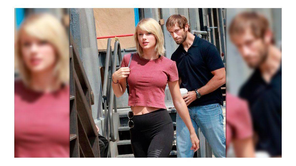 Lo escracharon mirando a Taylor Swift y llueven los memes