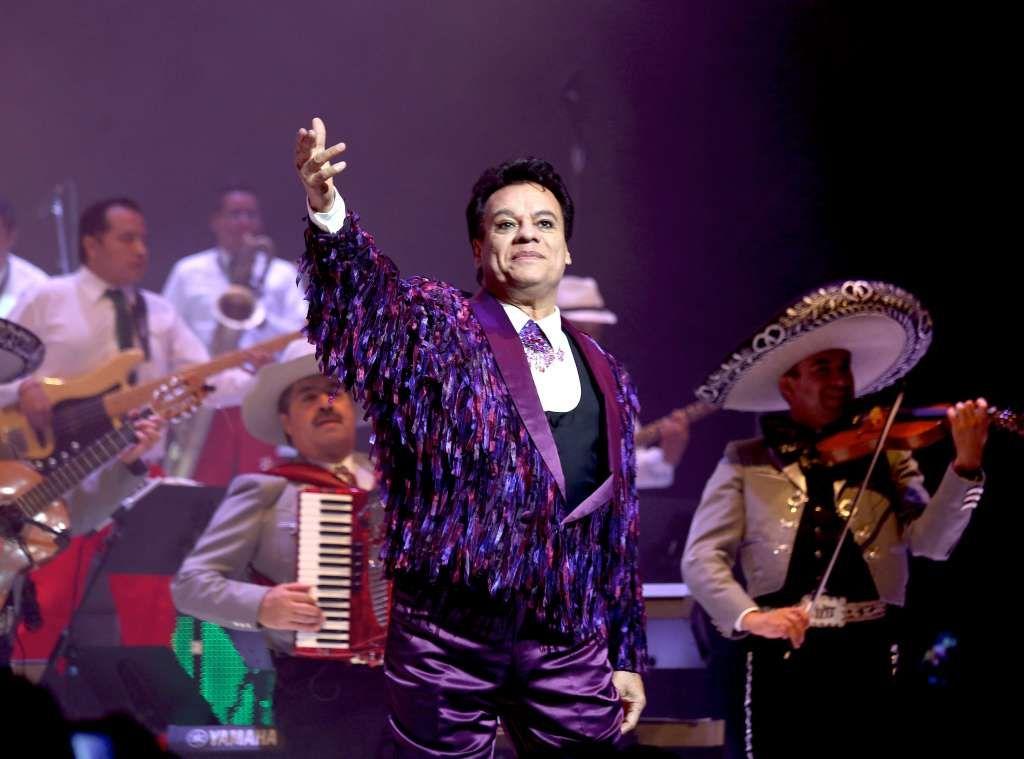 Murió el cantante mexicano Juan Gabriel por un paro cardíaco: el recuerdo de Luciano Pereyra, Ricky Martin y más famosos