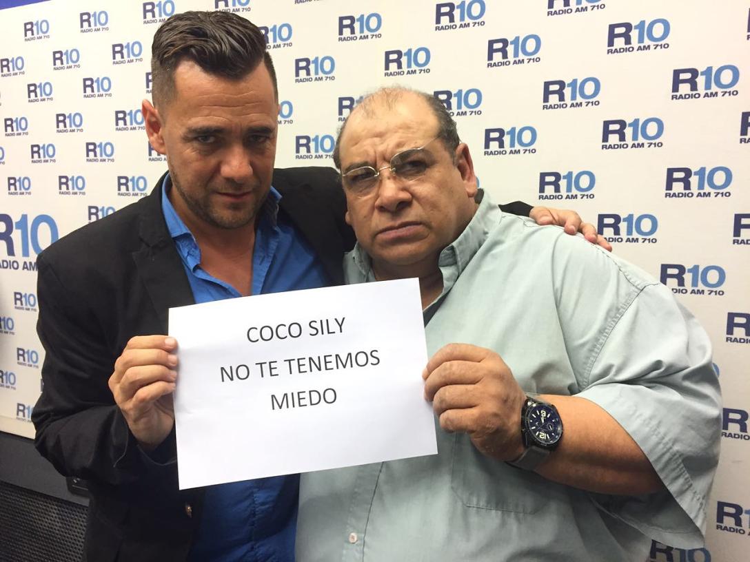 Roly Serrano le hace frente a la cátedra del macho con su incorporación en De caño vale doble