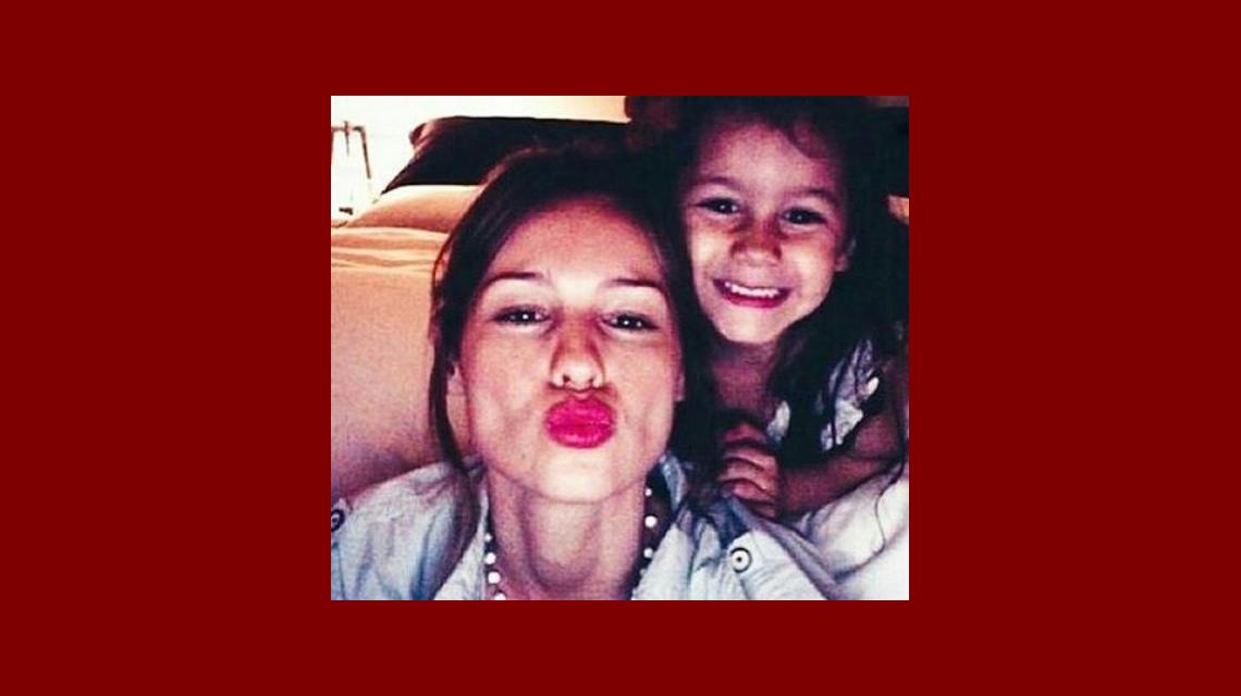 Pampita publicó una foto junto a Blanca en Instagram: Luz, amor
