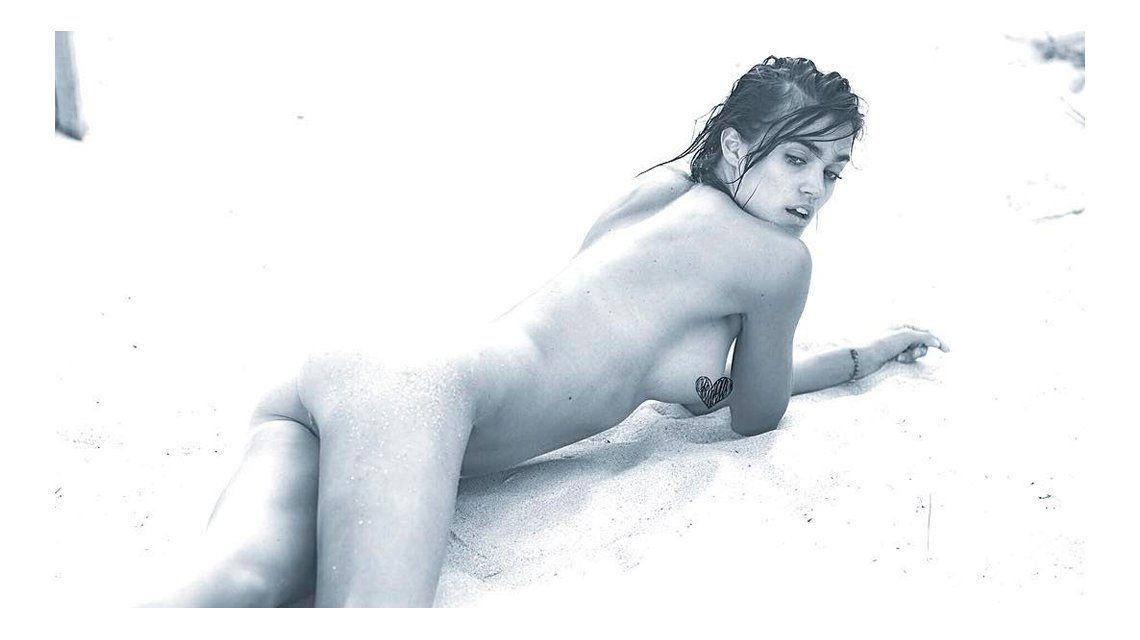 El desnudo súper sexy de la ex amigovia de Mariano Martínez