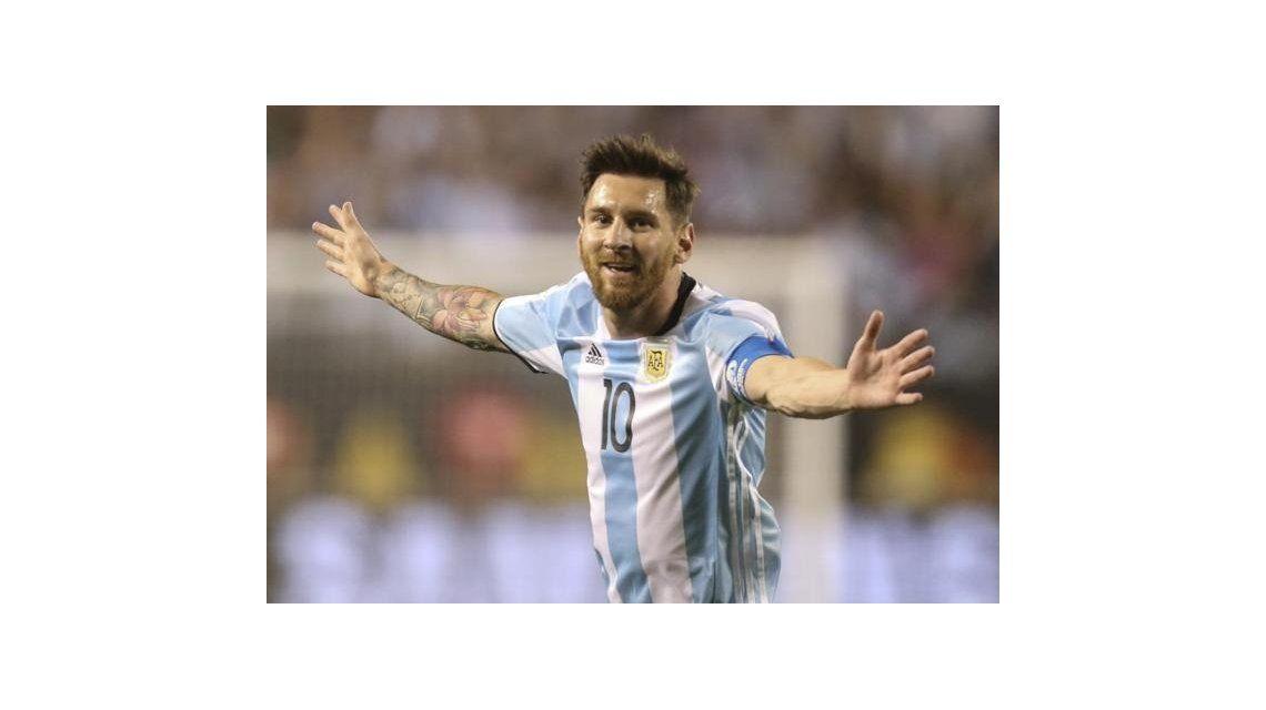 Messi confirmó que vuelve a la Selección: Amo demasiado a mi país y a esta camiseta