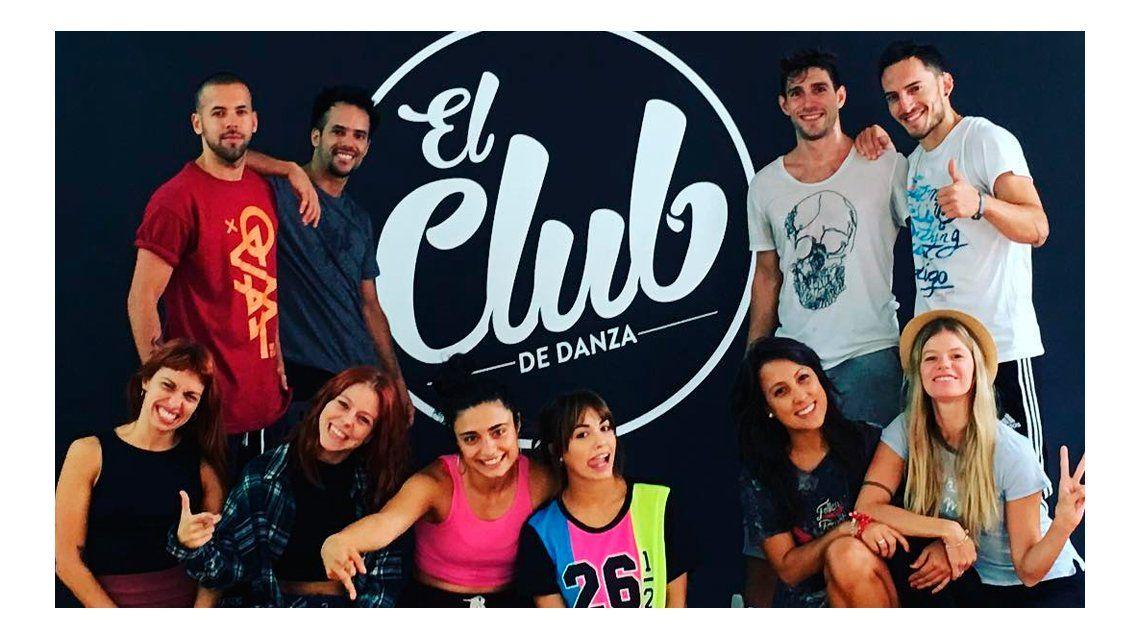 Fuerte denuncia de una ex bailarina de Lali Espósito: Me echaron por WhatsApp