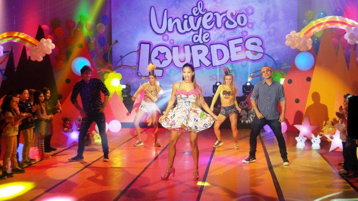 Así comenzó El universo de Lourdes, a pura música y baile