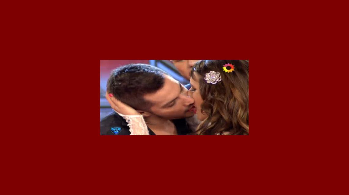 Tremendo beso entre Charlotte Caniggia y Francisco Delgado: Barby Silenzi, furiosa