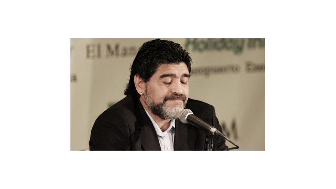 Claudia Villafañe demandará a Diego Maradona por daño moral por la aparición de los hijos extramatrimoniales