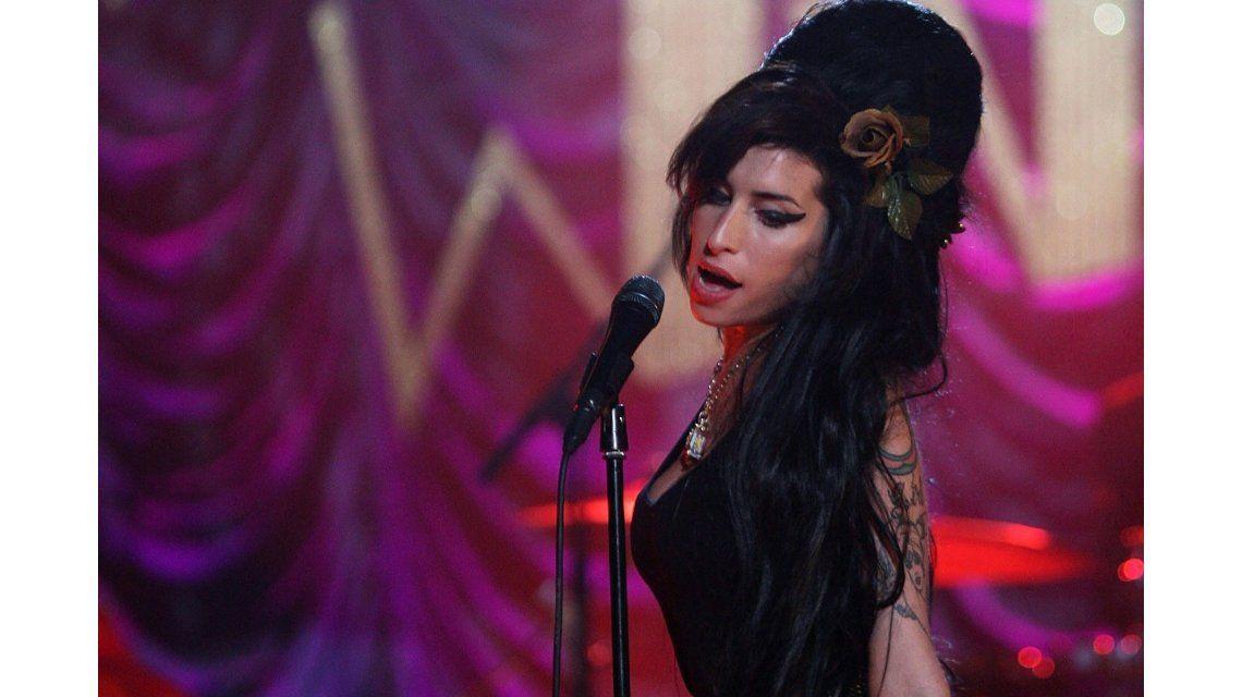A cinco años de su muerte, una demostración inédita de la irrepetible voz de Amy Winehouse