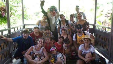 El Kun Agüero, en Disney con Karina, Benjamín y toda su familia: ¡Mirá el álbum de fotos!