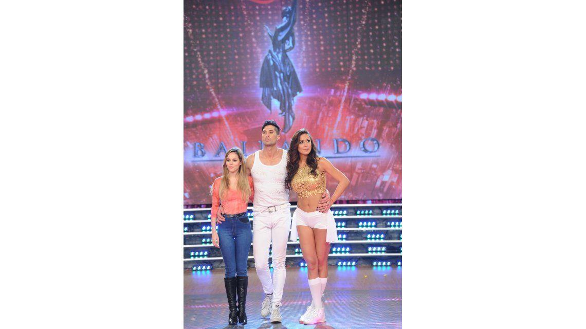 Pamela Sosa y Julio Iglesias Jr., al teléfono: ¿Quién querés que se quede en el Bailando?