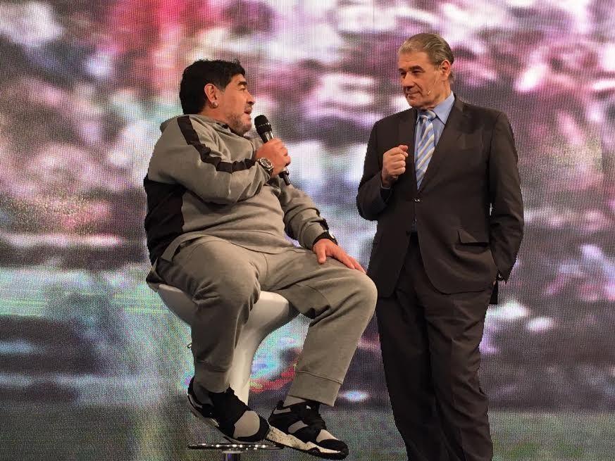 Diego Maradona recordó la mano de Dios: El árbitro me dijo que lo volvería a cobrar