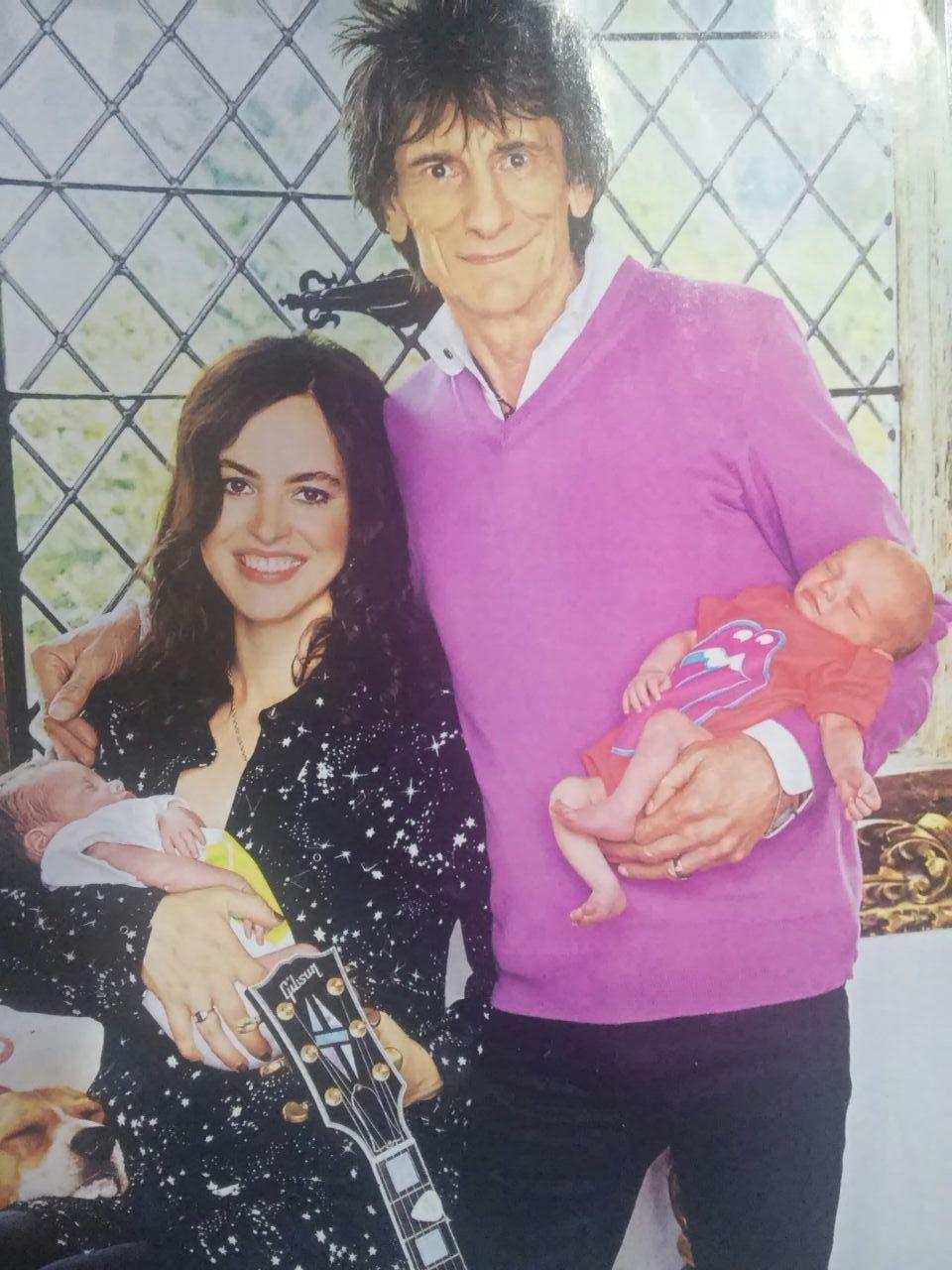 Ron Wood presentó a sus gemelas Gracie Jane y Alice Rose