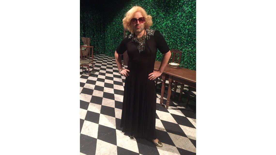 José María Muscari se transforma en mujer para reemplazar a Nicolás Riera en Casa Valentina