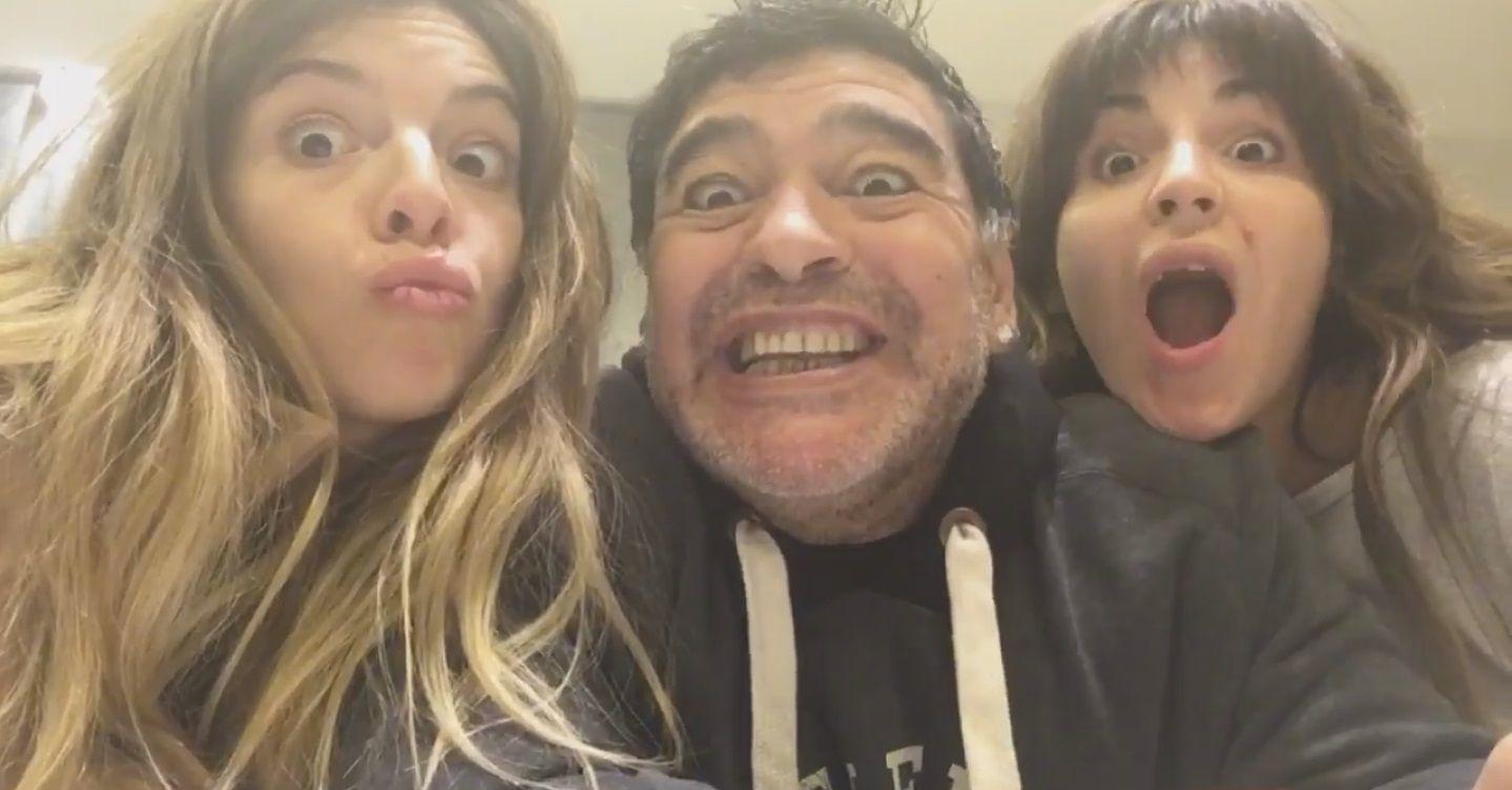 Familia de locos: el desopilante video de Diego, Dalma y Gianinna Maradona