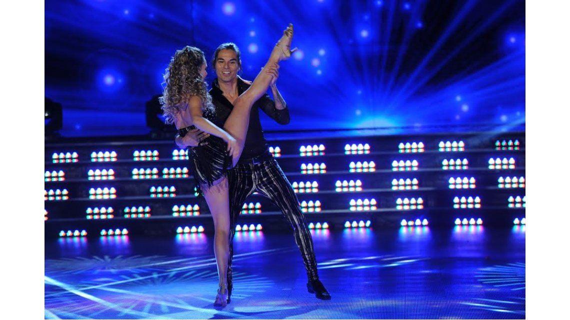 Desastroso baile para Julio Iglesias Jr.: cargadas de Tinelli, risas de la coach ¡y autocrítica!