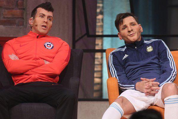 Desopilante actuación de Martín Bossi en Chile: Messi vs Gary Medel