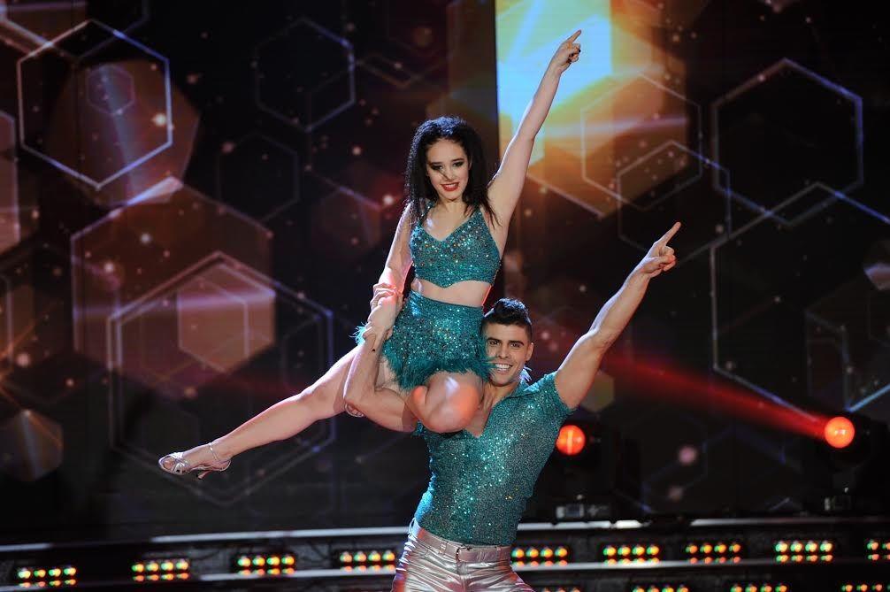 Ángela Torres se lesionó la pierna, ¿y peligra su continuidad en el Bailando 2016?: su angustia en las redes