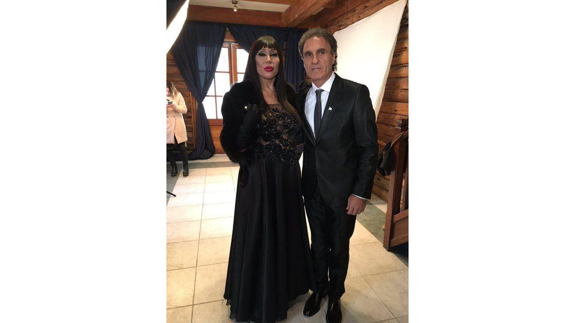 El particular encuentro de Moria Casán y Oscar Ruggeri en la foto del Bailando