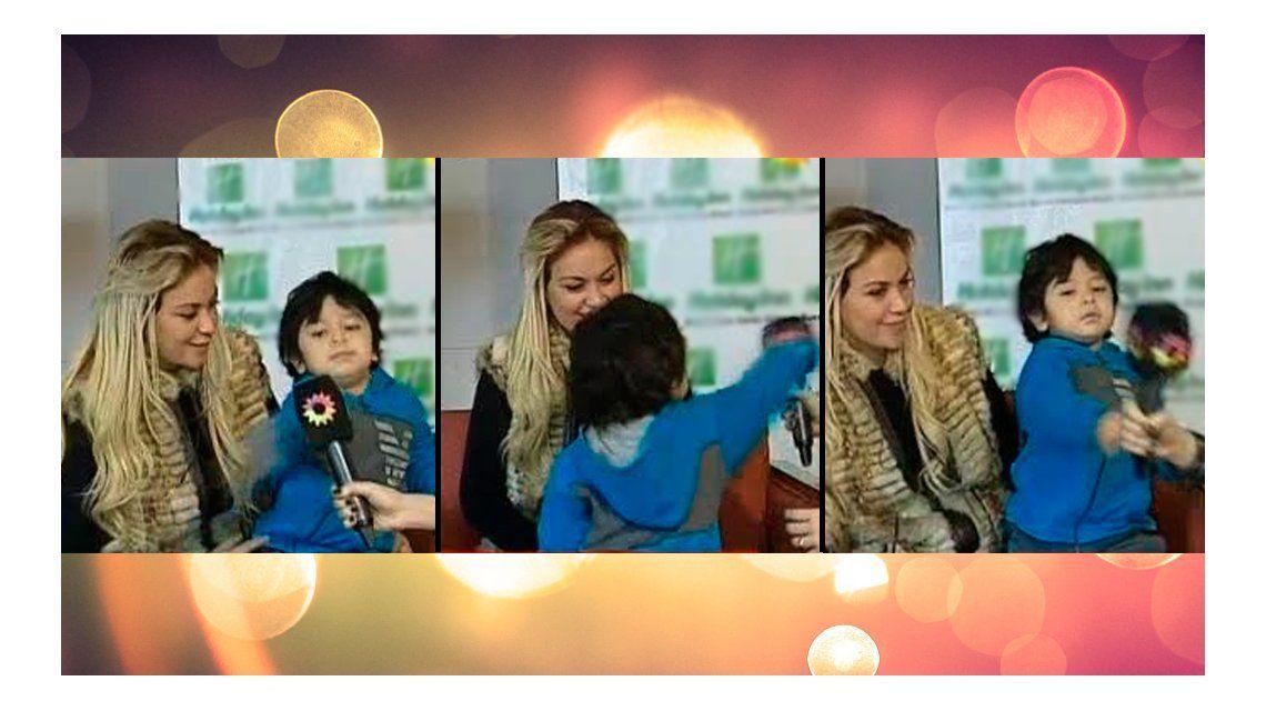 ¡Idéntico al padre!  El hijo de Diego Maradona se descontroló en un móvil: golpes al micrófono y gritos