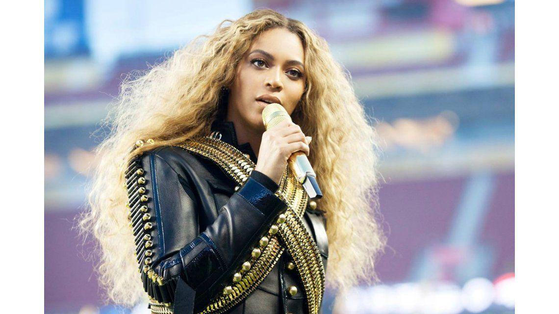 Beyoncé, acusada de fabricar su línea de ropa con mano de obra esclava