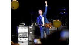 El saludo de Paul McCartney ante una multitud en Córdoba: ¡Hola, culiados!