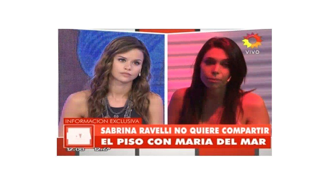 Sabrina Ravelli vs. María del Mar en el piso de un programa en vivo: Sos oscura