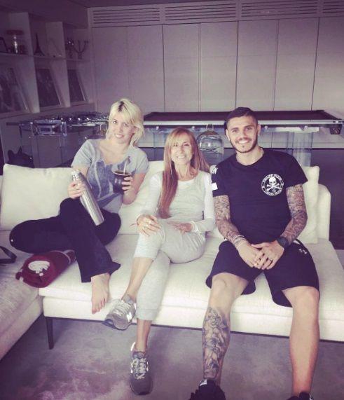 El trío menos pensado: Gladys Florimonte, junto a Wanda Nara y Mauro Icardi en Milán