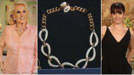 Mirtha, increpada por Juana para que done el collar que le regaló Moyano