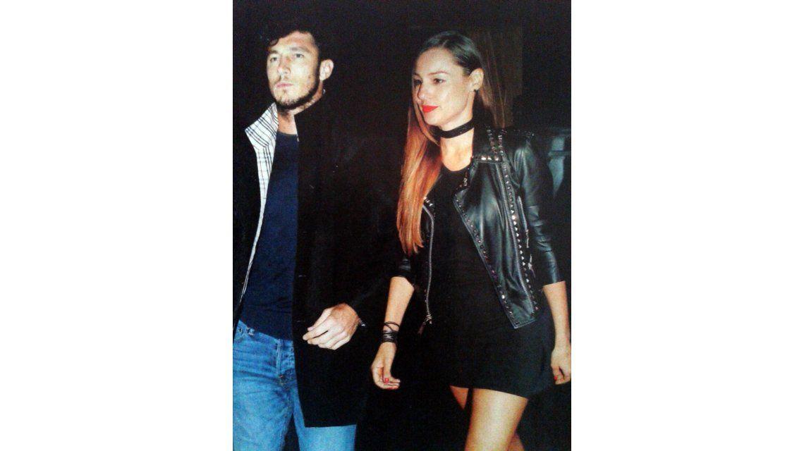 Pampita y Juan Pico Mónaco, juntos desde hace un mes, ya no pueden ocultar su amor