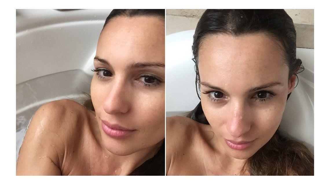 ¡Como nunca! Pampita se fotografió en la bañadera: Baño de espuma