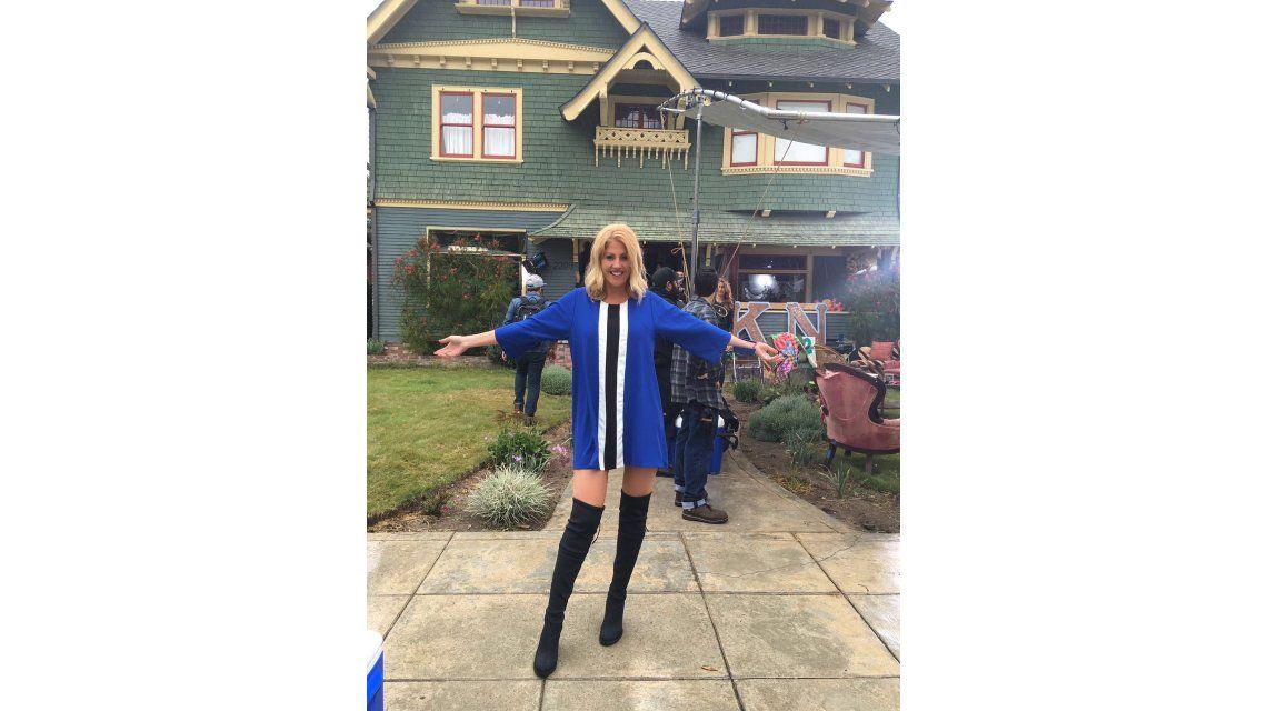 Barbie Simons, a solas con Zac Efron y los protagonistas de Buenos Vecinos 2