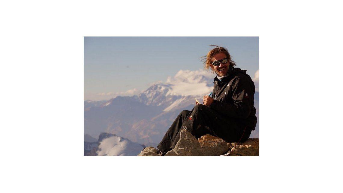 Facundo Arana busca escalar el Everest: Mi cumbre es volver a casa con mi familia