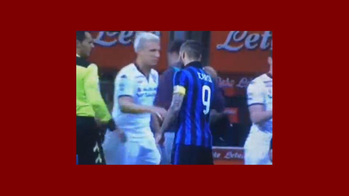 Maxi López le negó el saludo a Mauro Icardi y se pasó la mano por su miembro