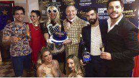 El champán las pone mimosas cumplió 50 funciones