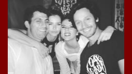 La noche de fiesta de la China Suárez y Benjamín Vicuña, con amigos: Gente que amo