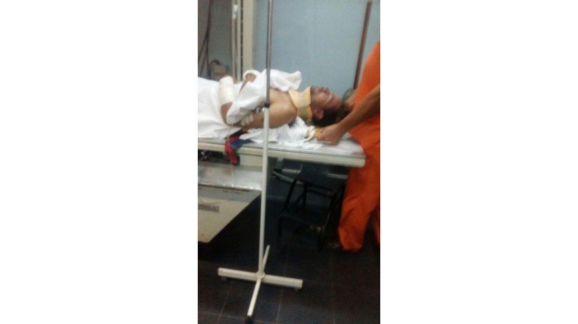 Chano Charpentier volvió a chocar con una camioneta y fue atendido por golpes en el cuerpo