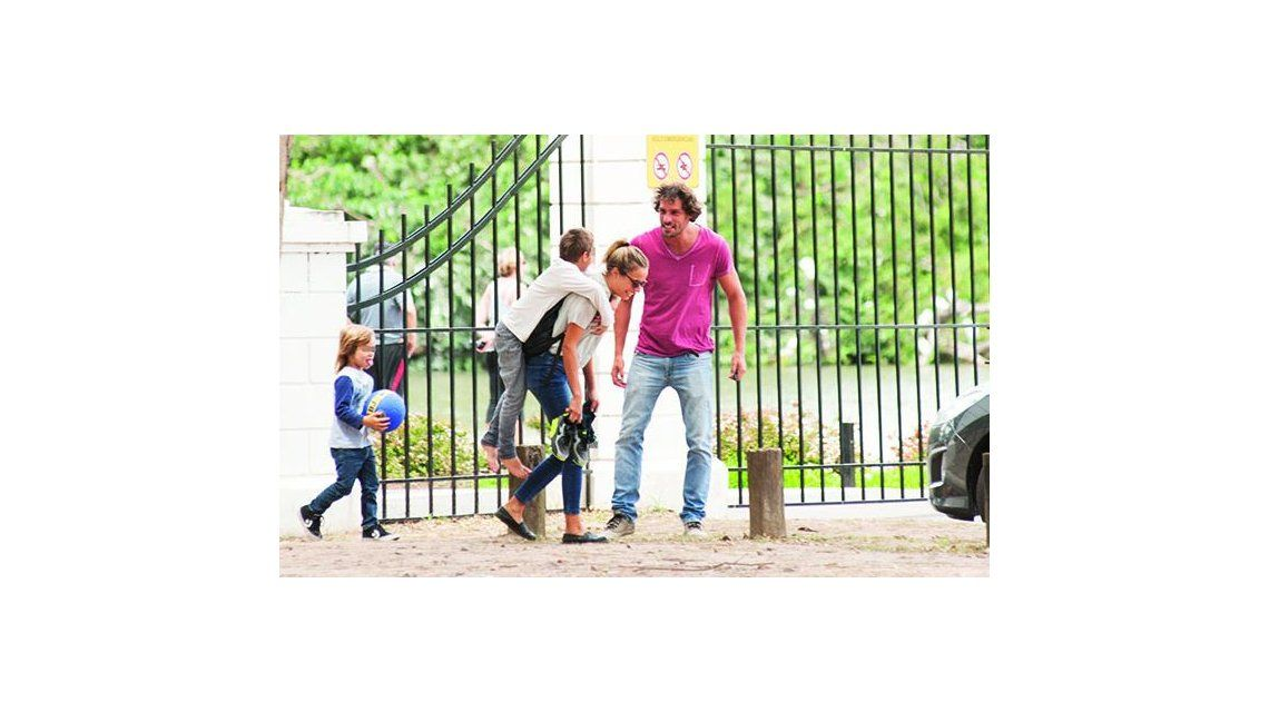 Gonzalo Valenzuela y sus hijos compartieron una tarde con María, su nuevo amor: ¿qué dirá Juana Viale?