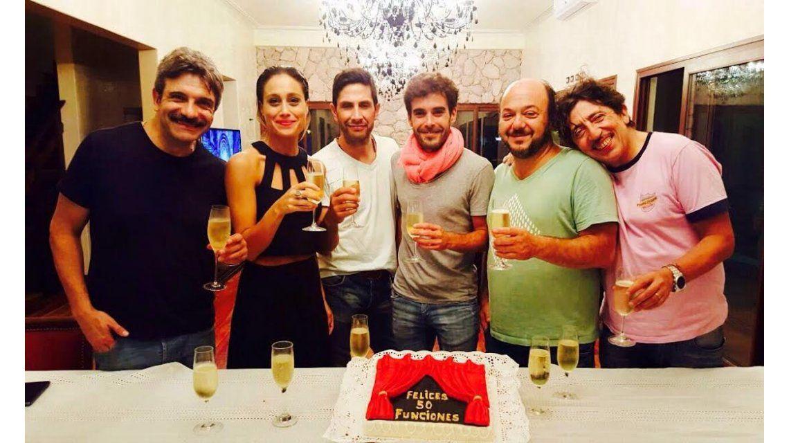 El elenco de El quilombero festejó las 50 funciones