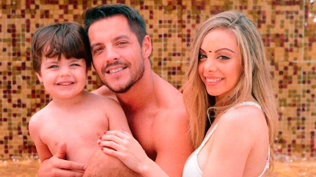Gisela Bernal hizo una producción de fotos con Ian y Francisco Delgado en topless