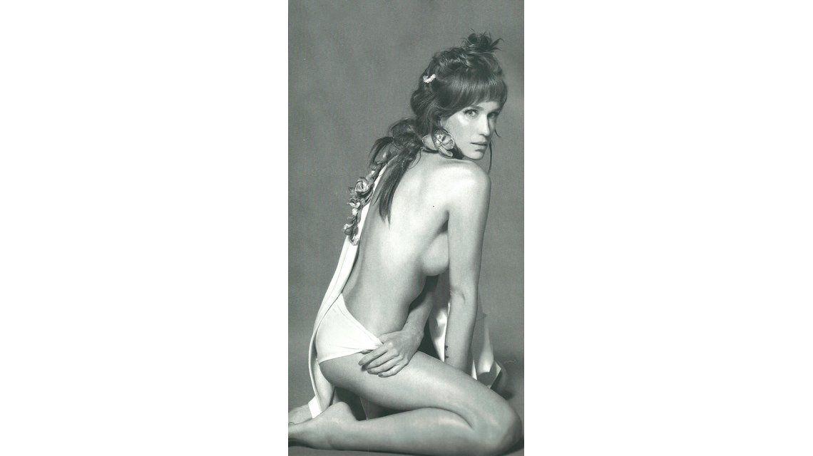Brenda Gandini, semi desnuda en una producción sexy: Dejé de buscar mis imperfecciones