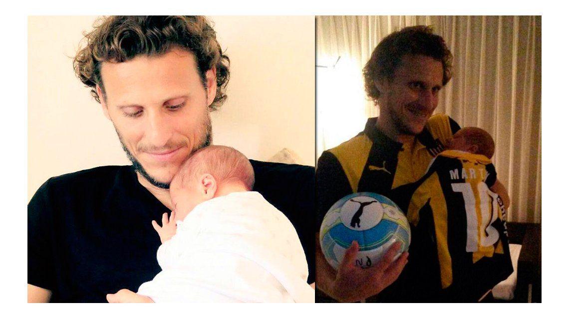 Diego Forlán conoció a su hijo recién nacido y le dedicó tres goles: mirá las fotos y videos