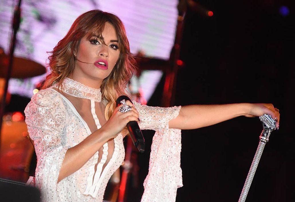 El bicho de Lali: los memes del accidente de la cantante en Córdoba