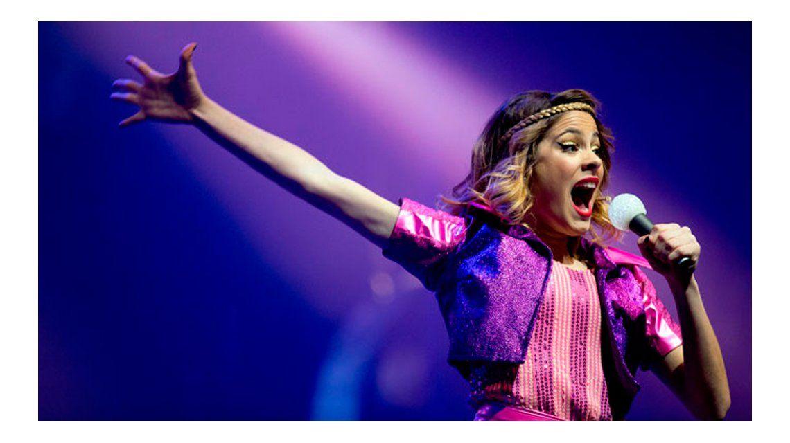 Un año sin Violetta: los fans coparon las redes en el aniversario de la serie de Tini Stoessel
