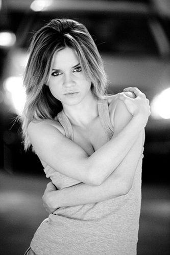 ¿Quién es Paula Cancio, la española sexy de La Leona?