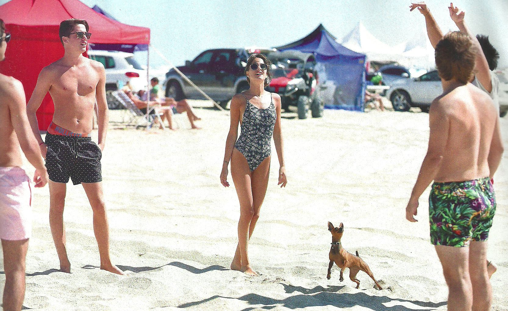 Tiene 18 años y se viste de señora grande: Tini Stoessel, en malla enteriza hace playa con su familia